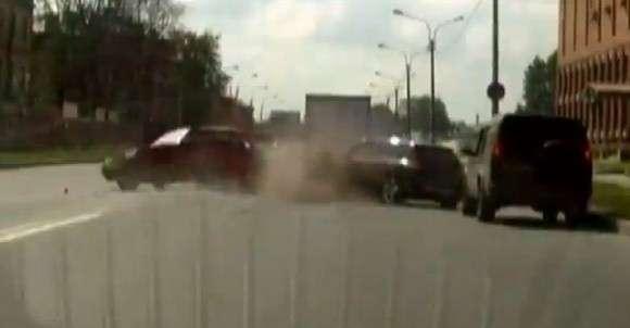 Mazda3 i ciężarówka wypadek