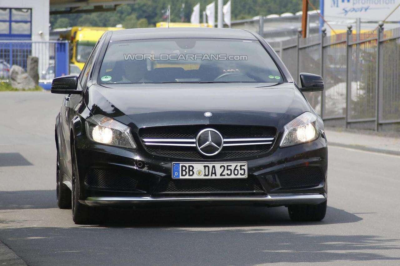 Mercedes A45 AMG Black Series szpiegowskie