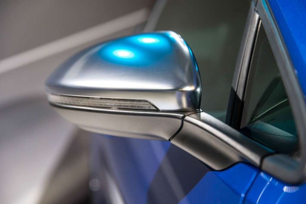 Volkswagen Golf R 2014 Live Photos