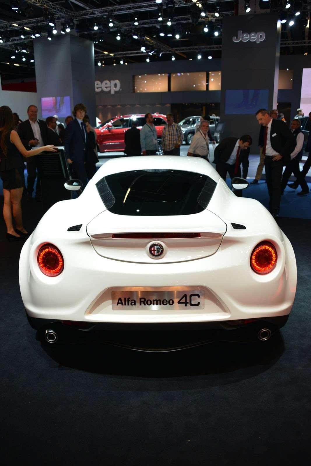 Alfa Romeo 4C Frankfurt 2013