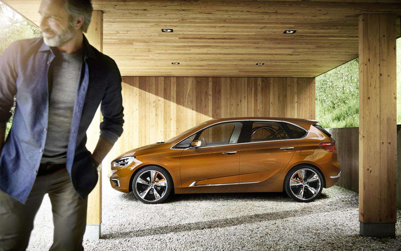BMW Concept Active Tourer Outdoor 2013