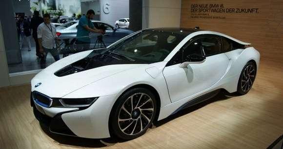 BMW i8 live at Frankfurt Motor Show 2013