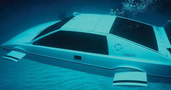 Lotus Esprit Amfibia James Bond