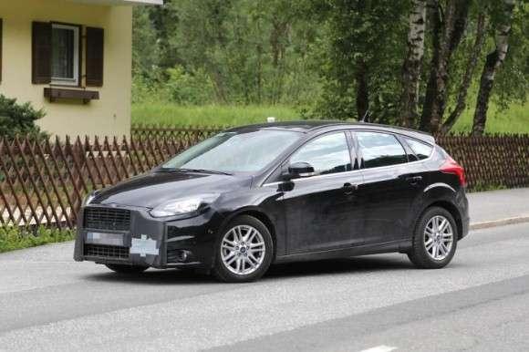 Ford Focus 2014 facelift spy