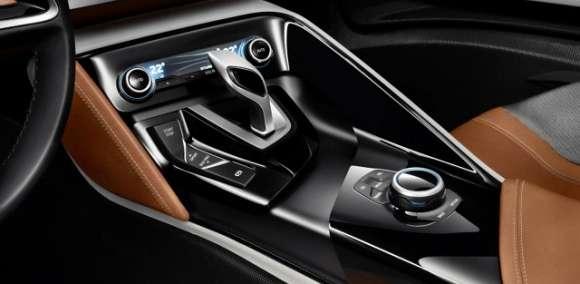 BMW i8 wnętrze
