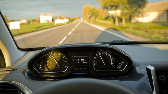 Peugeot 208 zegary