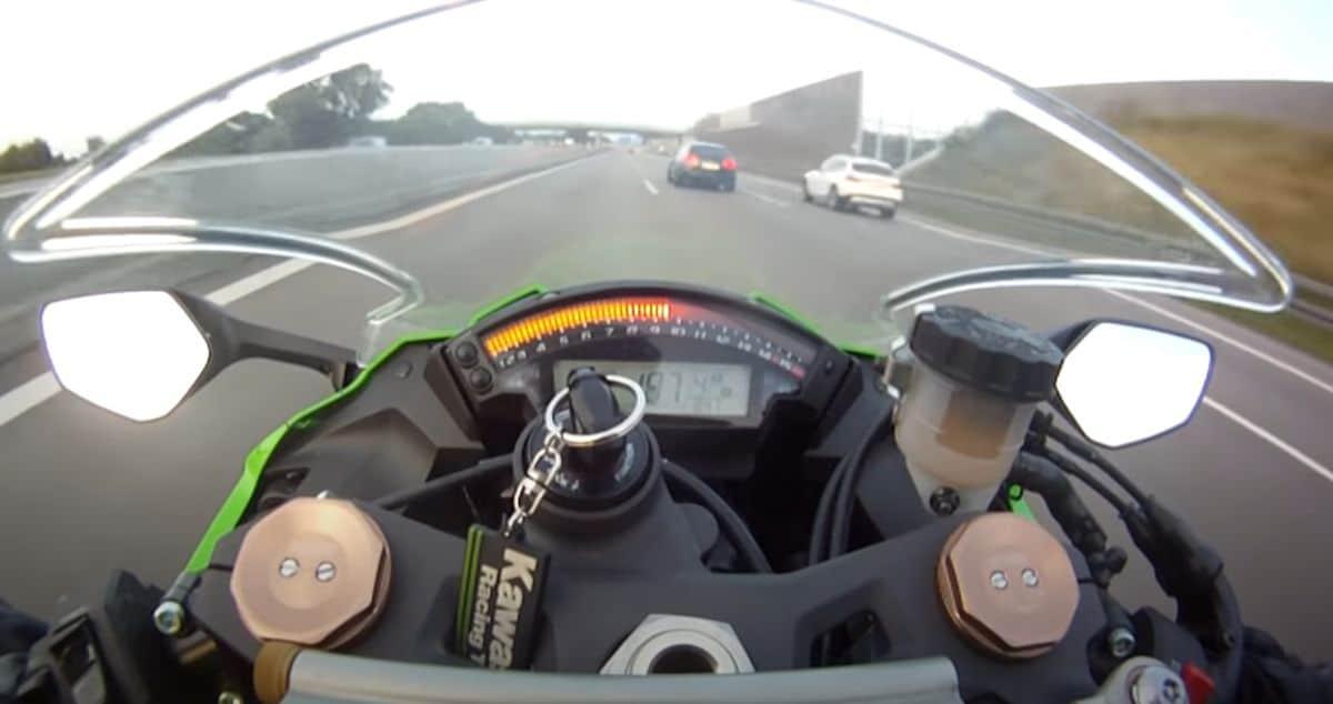 300 km/h na motorze: autostrada w Niemczech