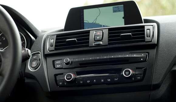 BMW serii 1 wyświetlacz