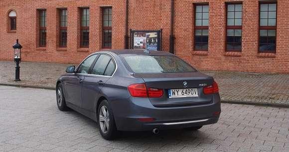 BMW serii 3 F30 - tył samochodu