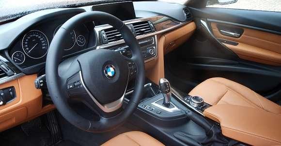BMW 320i interior (wnętrze)