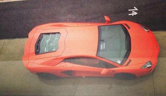 Lamborghini Aventador przed wypadkiem