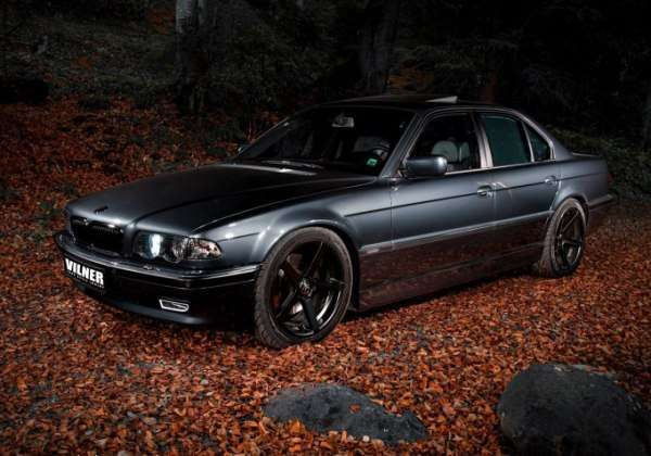 BMW 750i V12 E38 po tuningu Vilner
