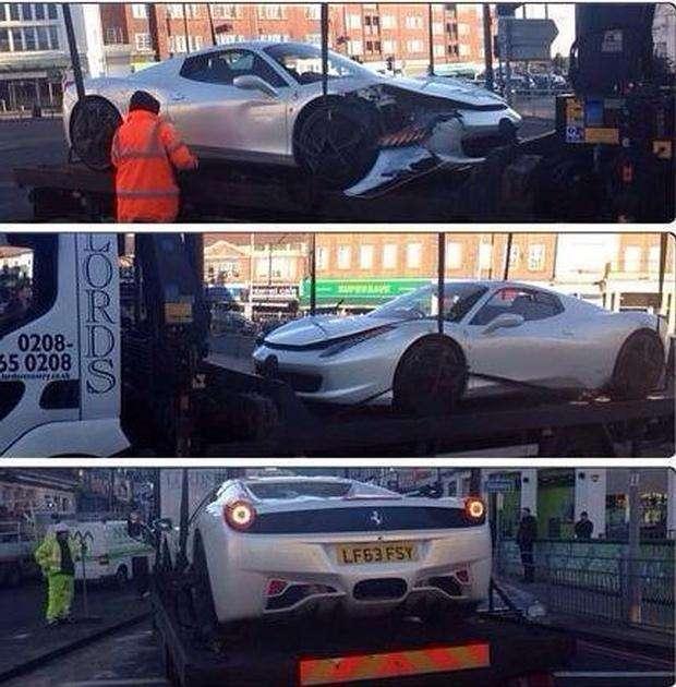 Ferrari 458 Spider crash