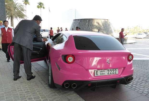 Ferrari FF pink Dubai