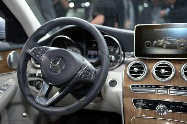 Mercedes Klasy C W205 wnętrze