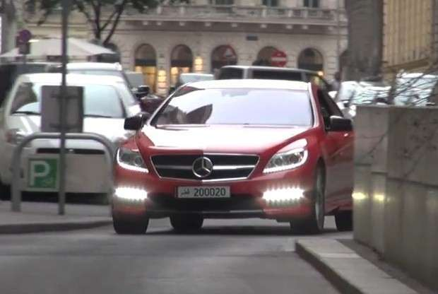 Mercedes CL63 AMG red