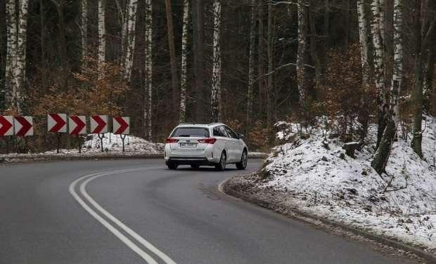 Toyota Auris TS test