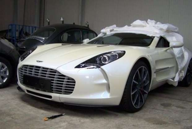 Aston Martin One-77 Black Jack Edition