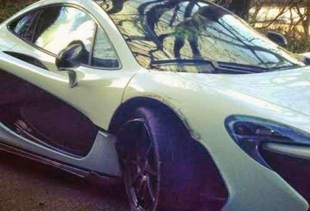 McLaren P1 crash