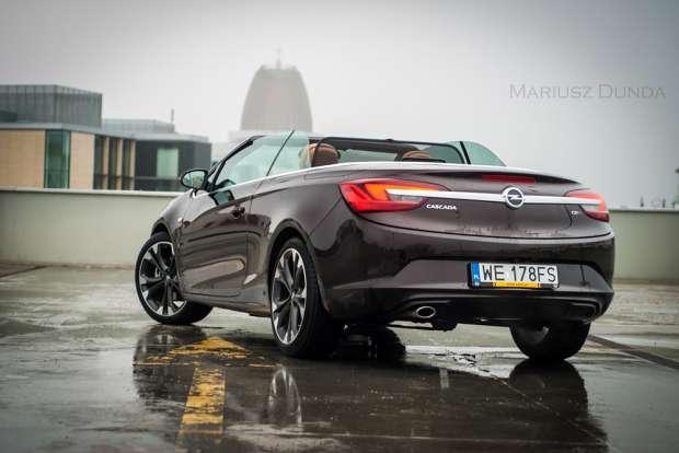 Opel Cascada tył