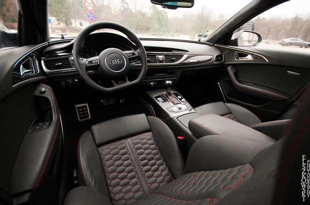 Audi RS6 C7 wnętrze