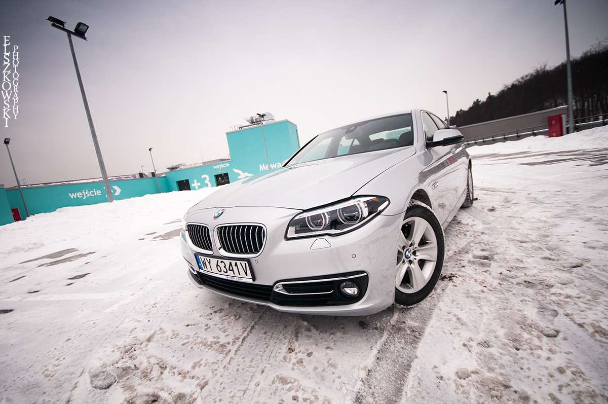 BMW 5-series front view