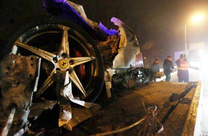 Ferrari 458 Italia crash China