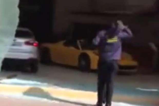 Salon Ferrari crash