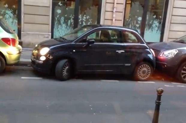 Fiat 500 parkowanie