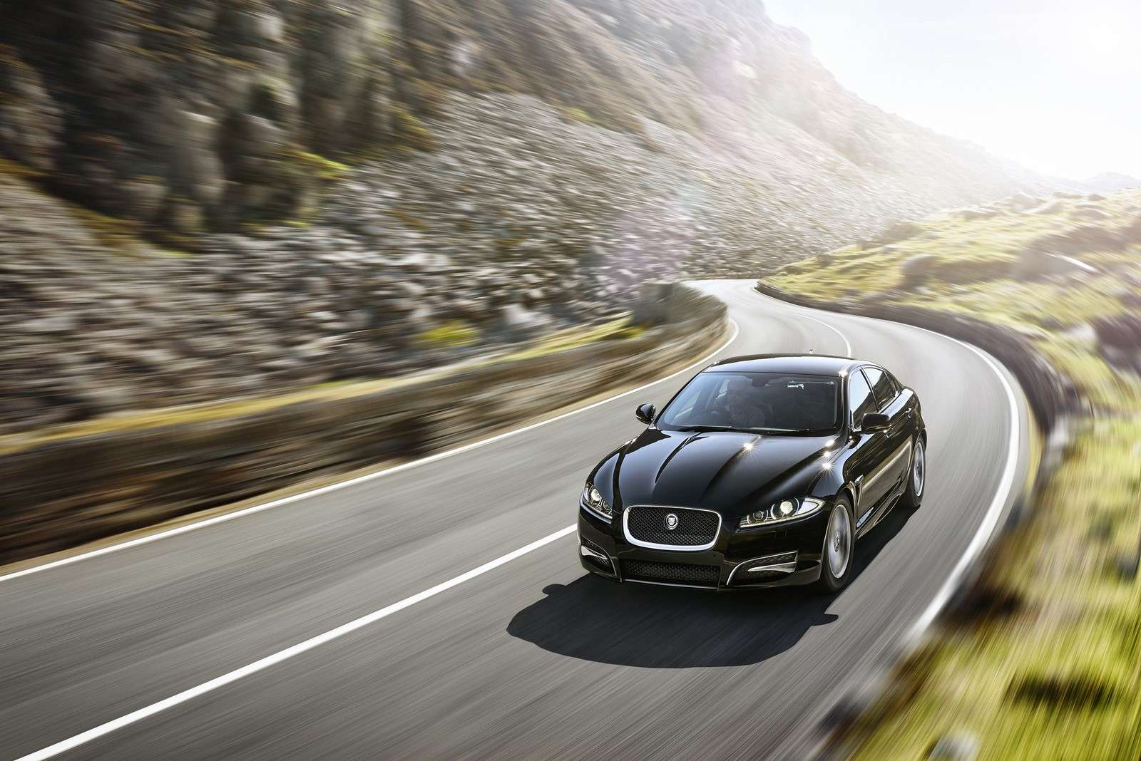 Jaguar XF R-Sport