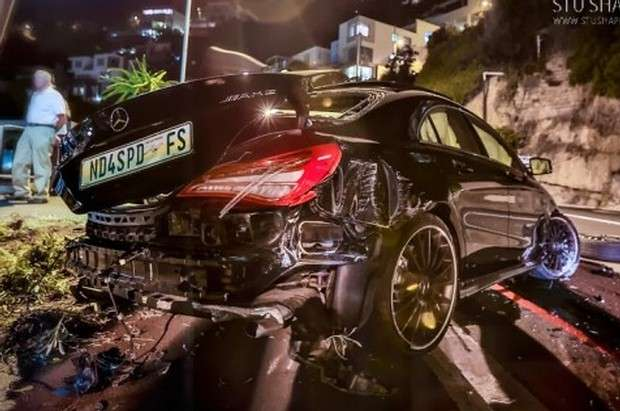 Mercedes CLA 45 AMG crash