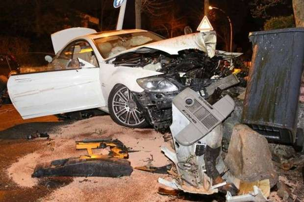 Mercedes CL65 AMG crash