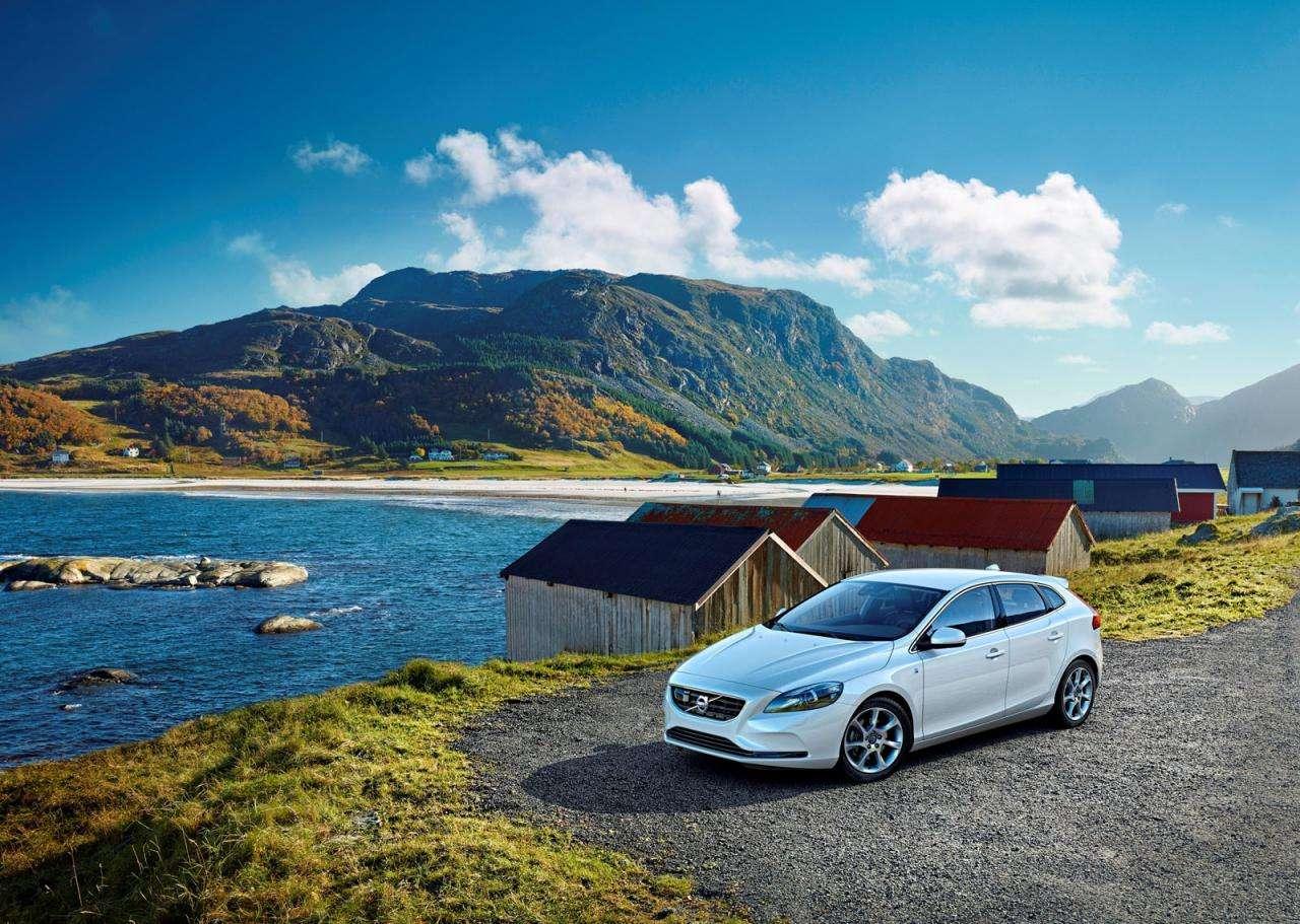 Volvo V40 Ocean Race 2014