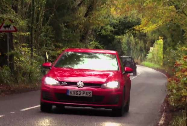 Volkswagen Golf VII GTI red