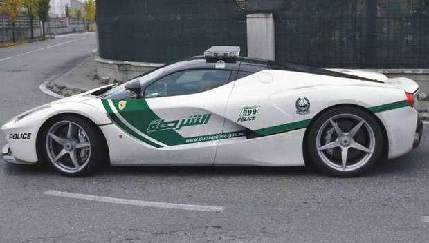 Ferrari LaFerrari Dubai Police