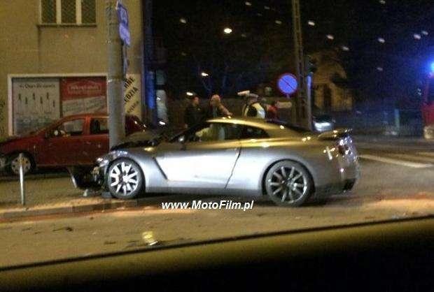 Nissan GT-R crash Gdynia