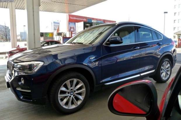 BMW X4 spotted