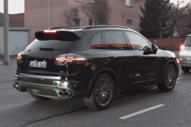 Porsche Cayenne Facelift spy