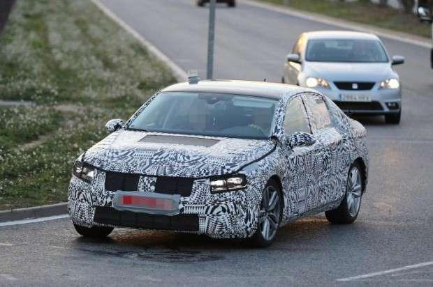 Nowy Volkswagen Passat 2015 spy