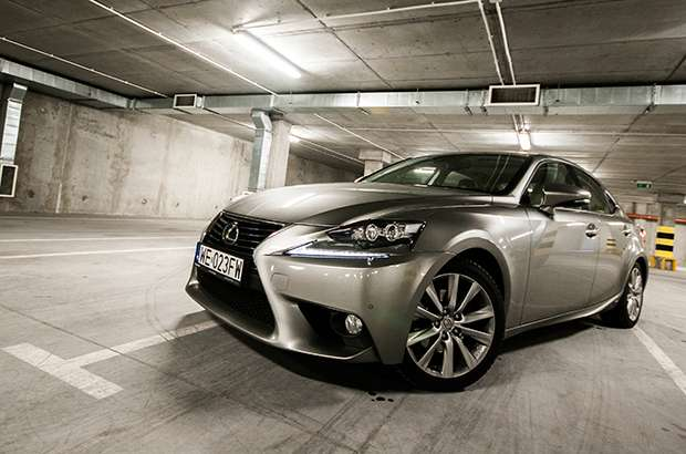 Nowy Lexus IS