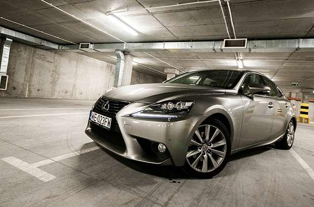 Nowy Lexus IS