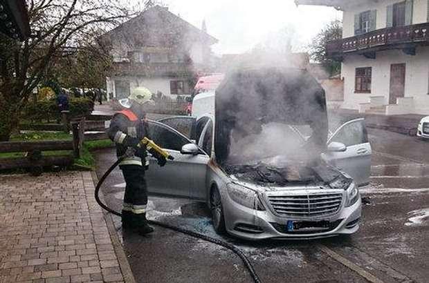 Mercedes S-classe fire