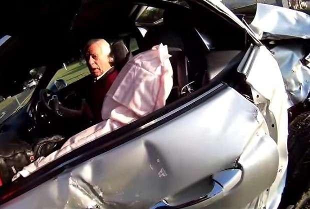 Mercedes SLK 55 AMG crash