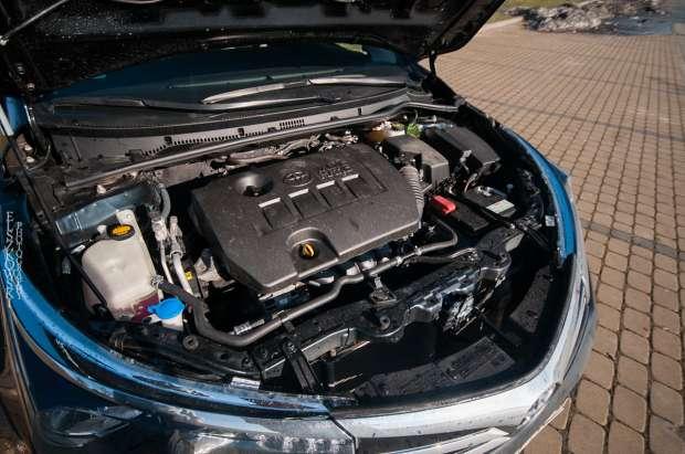 Nowa Toyota Corolla 1,6 Valvematic (132 KM) 6 M/T – 6-stopniowa manualna skrzynia biegów