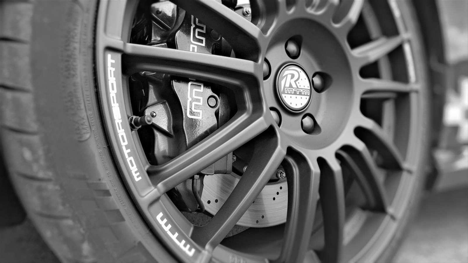 Volkswagen Golf R by MTM