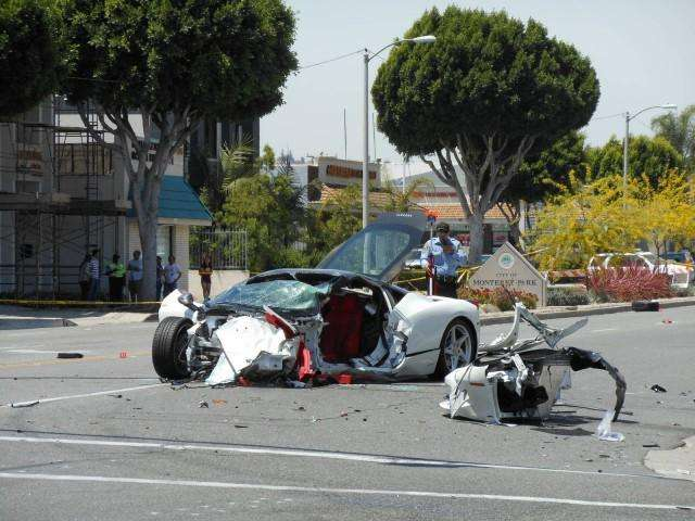 Ferrari 458 Italia crash