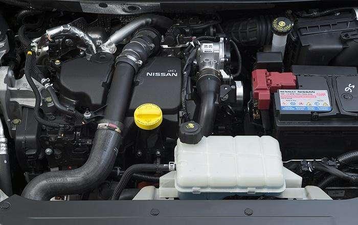 Nissan Pulsar 2014 engine