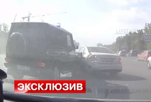Mercedes G crash Russia
