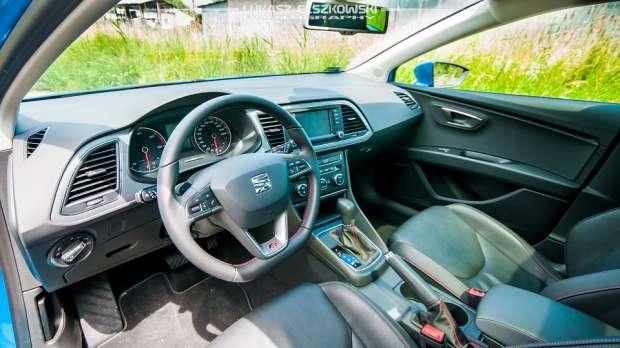 Seat Leon ST wnętrze