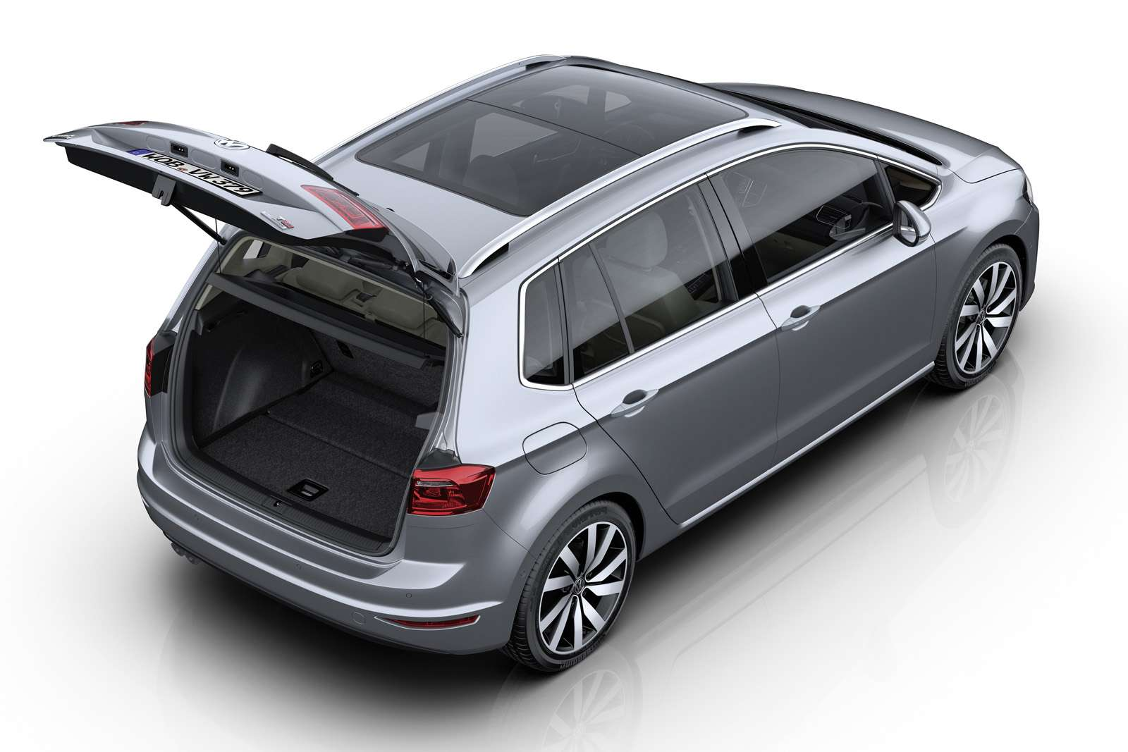 volkswagen golf sportsvan 1 4 tsi highline motofilm. Black Bedroom Furniture Sets. Home Design Ideas